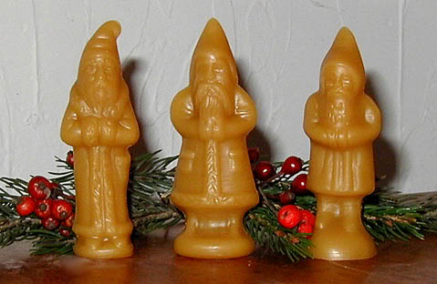 Bittersweet House Beeswax 3 Miniature Santas